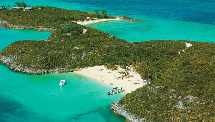 Johnny Depp - Little Halls Lagoas Cay, Bahamas