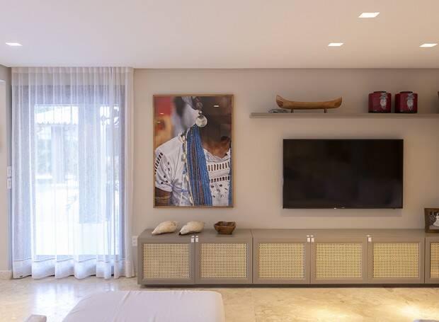 Sala de TV: conheça a mansão de Ivete Sangalo