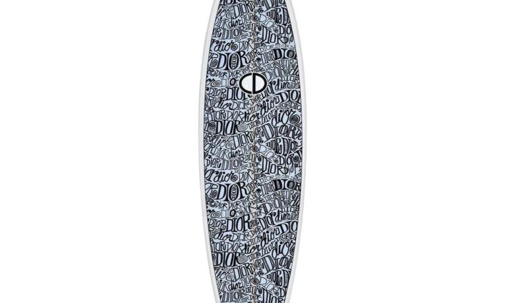 Dior lança prancha de surfe em edição limitada