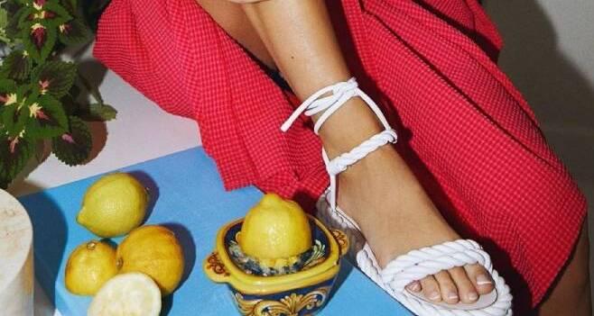 Sandália de corda vira febre entre as 'fashion girls'