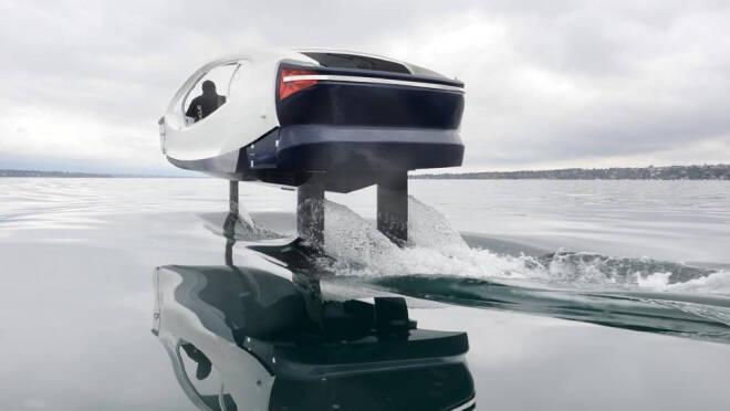 Táxi aquático elétrico promete diminuir trânsito nas cidades