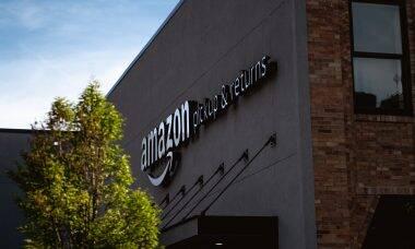 Jeff Bezos quebra recorde com fortuna de R$ 900 bilhões; veja quem são os 10 mais ricos do mundo