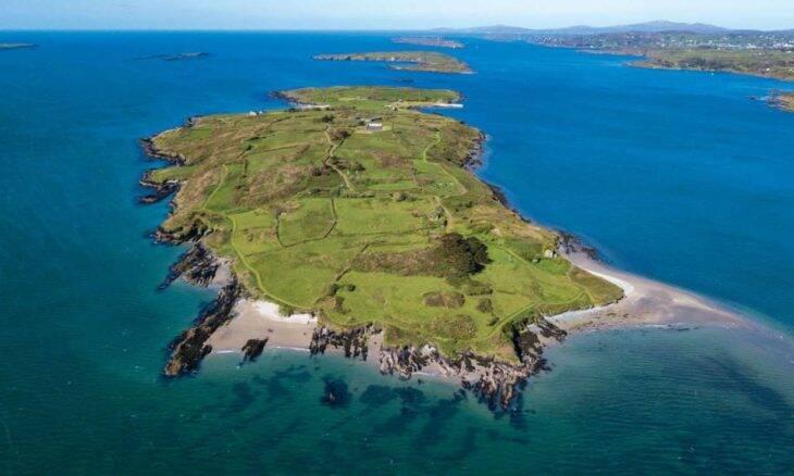 Europeu compra ilha particular na Irlanda por R$ 33,7 milhões por vídeo