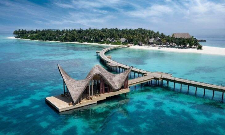 Esse resort de luxo nas Maldivas pode ser seu por R$ 478 mil por noite