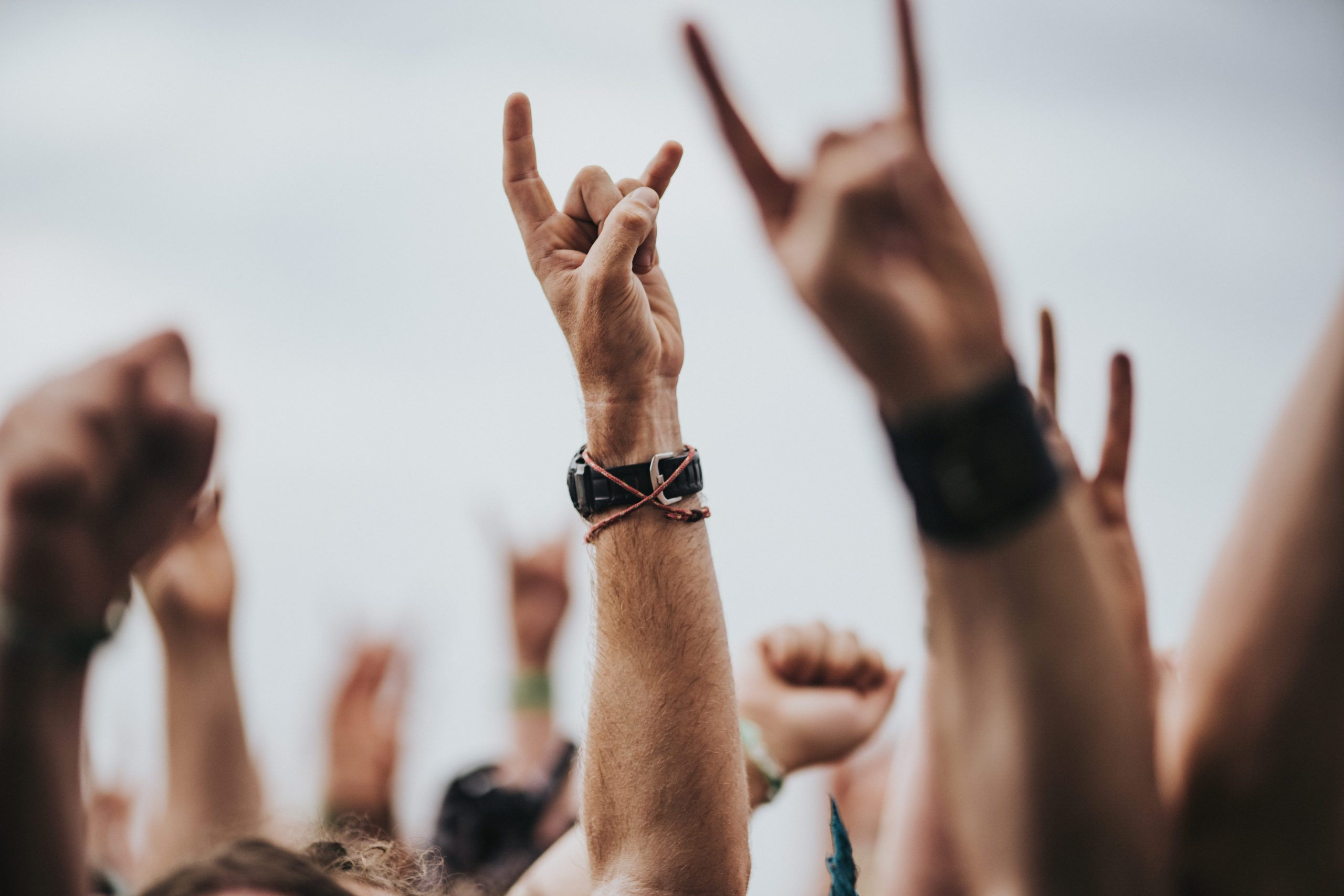 Quem são os artistas do rock britânico mais ricos de 2020? Veja lista