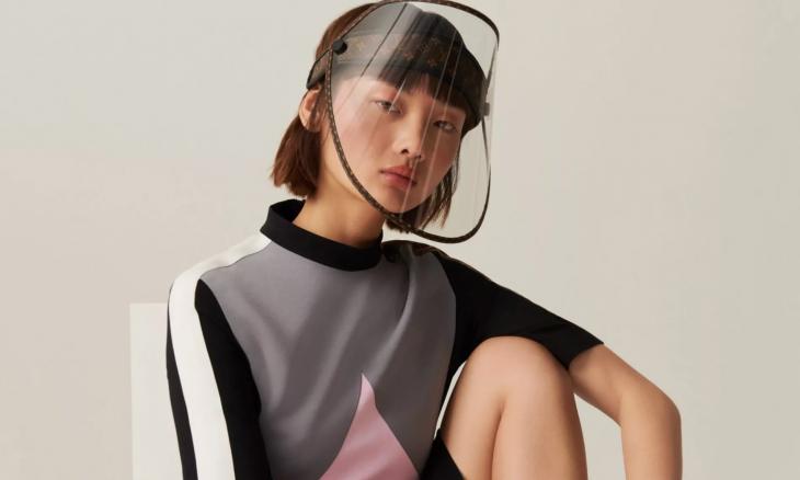 Louis Vuitton lançará viseira de proteção de luxo por R$ 5 mil