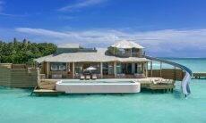 Resort nas Maldivas inaugura os maiores bangalôs sobre a água do mundo
