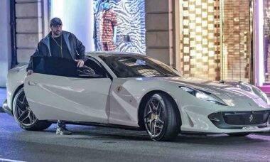 Influenciador e empresário Obaid Belresheed fala sobre sua paixão por supercarros e sua vasta coleção. Foto: Divulgação