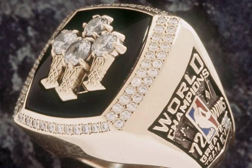 Anéis do Chicago Bulls são vendidos por R$ 1,4 milhões