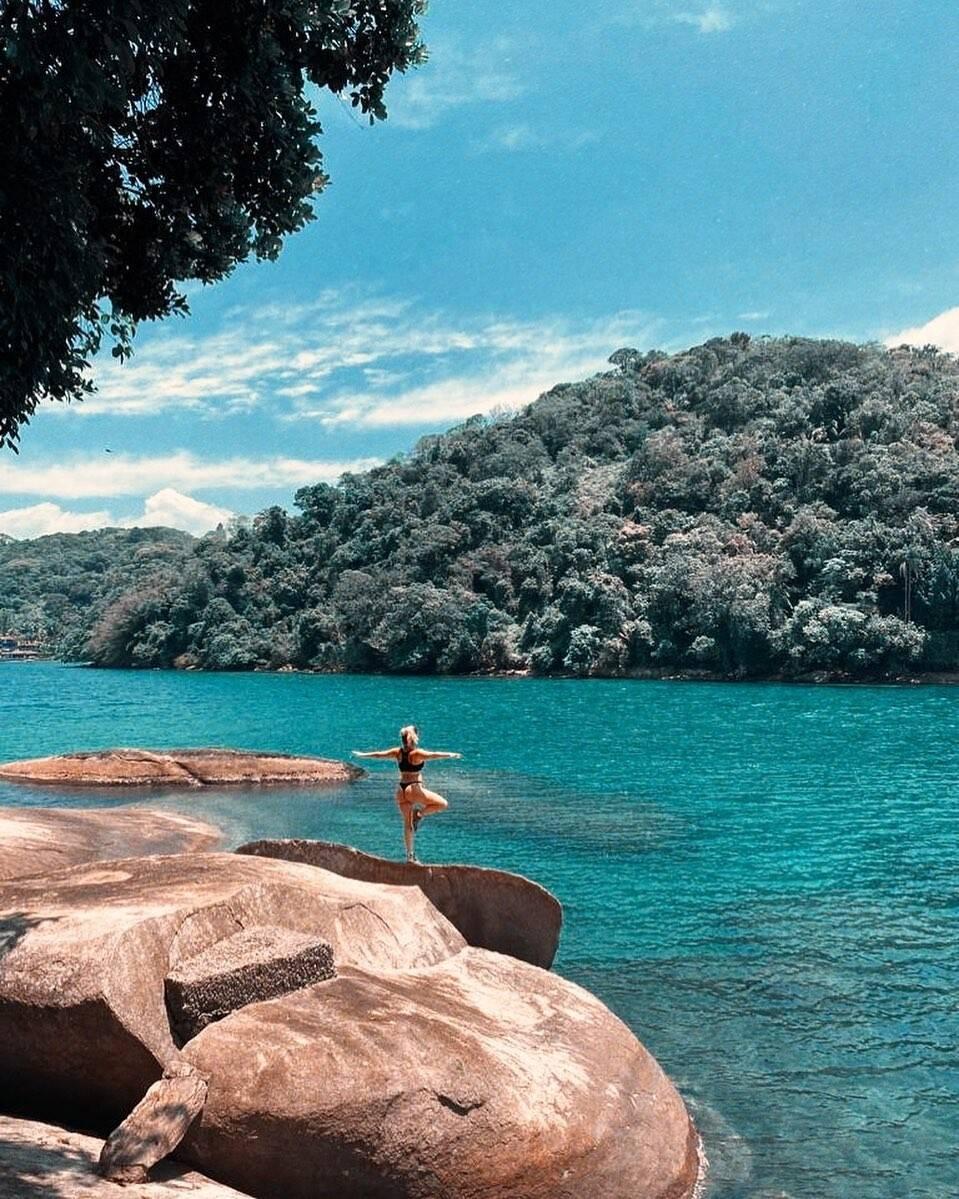 Bruno Gagliasso e Giovanna Ewbank se hospedam em ilha particular com diárias de R$ 35 mil