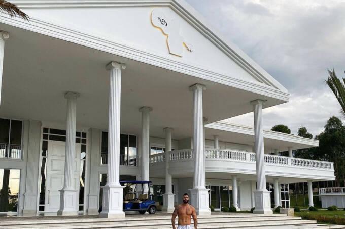Gusttavo Lima se muda para apartamento de R$ 3,5 milhões em Goiânia