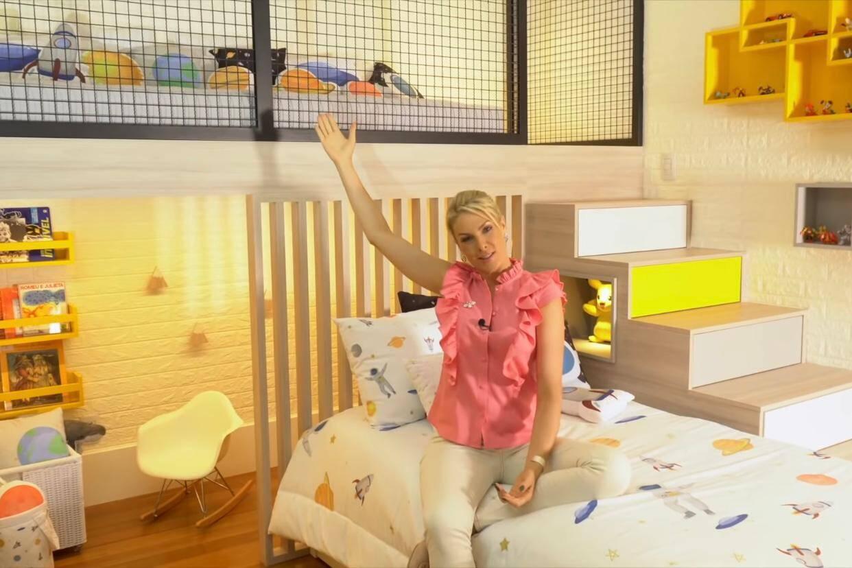 Ana Hickmann faz tour pelo quarto novo do filho com parede de escalada