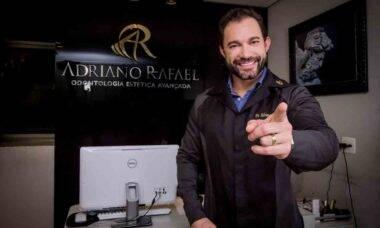 Cirurgião dentista Adriano Rafael é referência em lentes de contato dentais. Foto: Divulgação