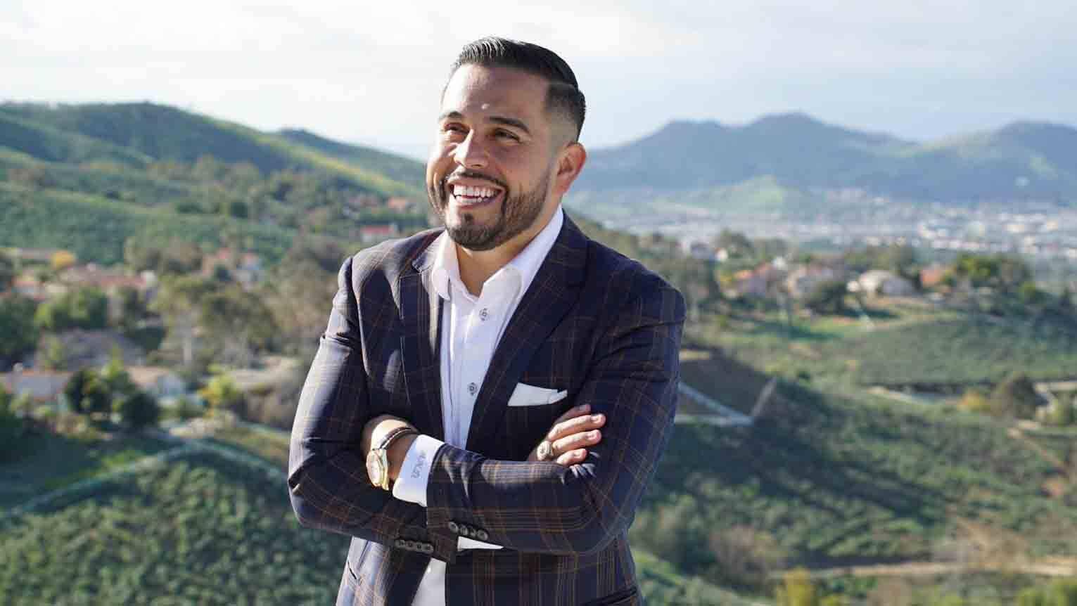 Mario Arrizon: conheça o jovem influenciador que entrou para o 'Hall da Fama' da Bolsa de Valores de Nova Iorque. Foto: Divulgação