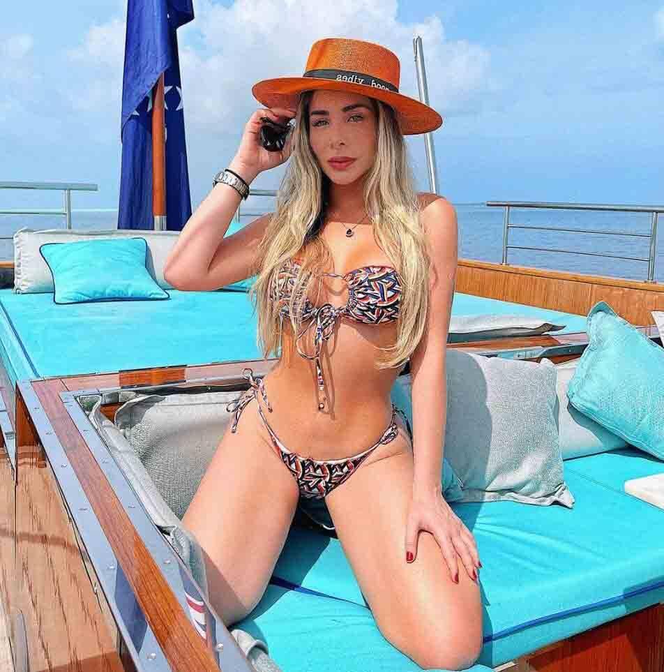 Juliana Lima põe o bronzeado em dia em hotel de luxo nas Ilhas Maldivas. Foto: Divulgação