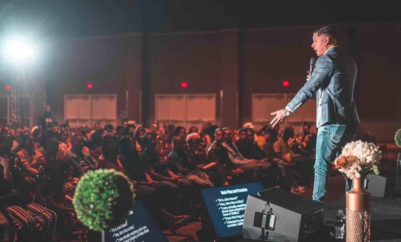 """Nick Luevano: entenda como o influenciador """"Flipking"""" tem revolucionado o setor imobiliário. Foto: Divulgação"""