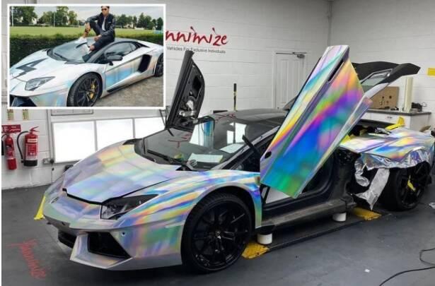 Lamborghini holográfica. Imagens: Reprodução/Instagram