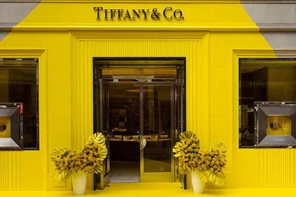 Tiffany & Co. muda sua icônica cor. Imagens: Divulgação/Tiffany & Co.