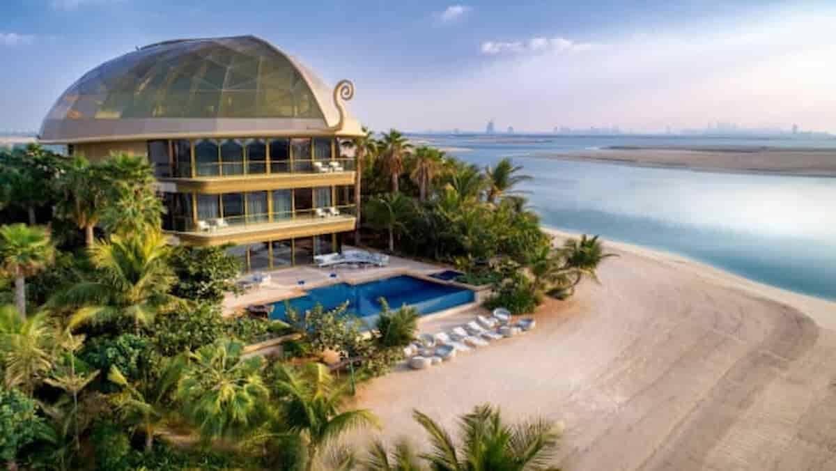 Megaprojeto de luxo em Dubai cria um resort com enorme recife de coral. Saiba detalhes!