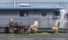 Tom Hanks coloca à venda trailer que usava em filmagens.