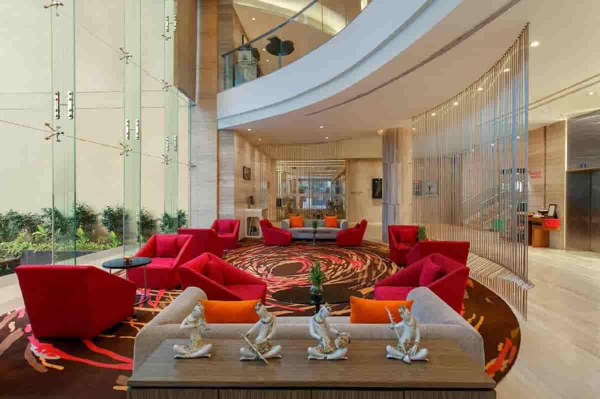 Lista com os 10 hotéis 5 estrelas mais baratos do mundo. Foto: Divulgação/ Novotel Ahmedabad