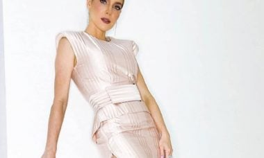 Monique Alfradique escolhe vestido Fendi para estreia de filme. Foto: Reprodução/Instagram