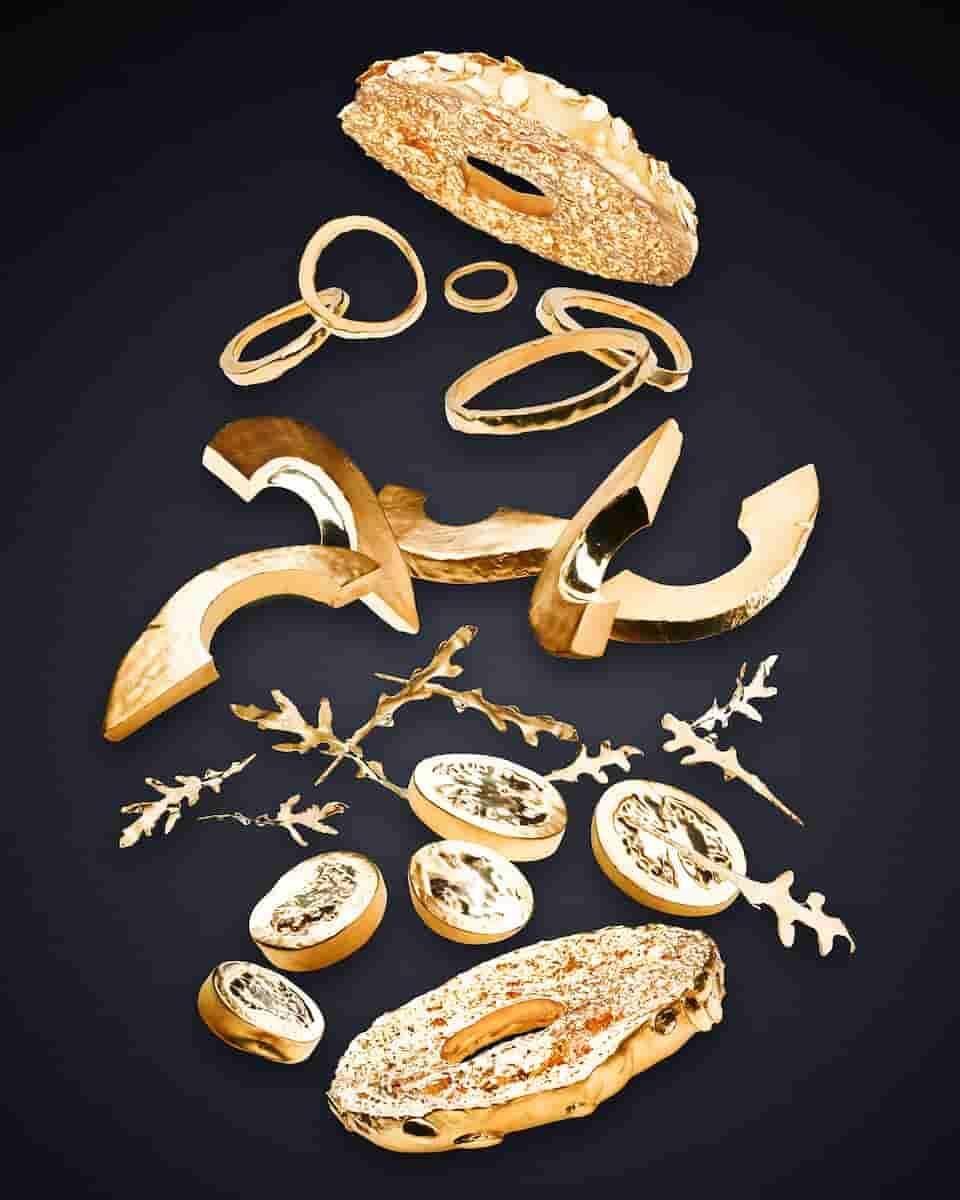 Escultura de ouro maciço do bagel com abacate. Foto: Stefen Jahn