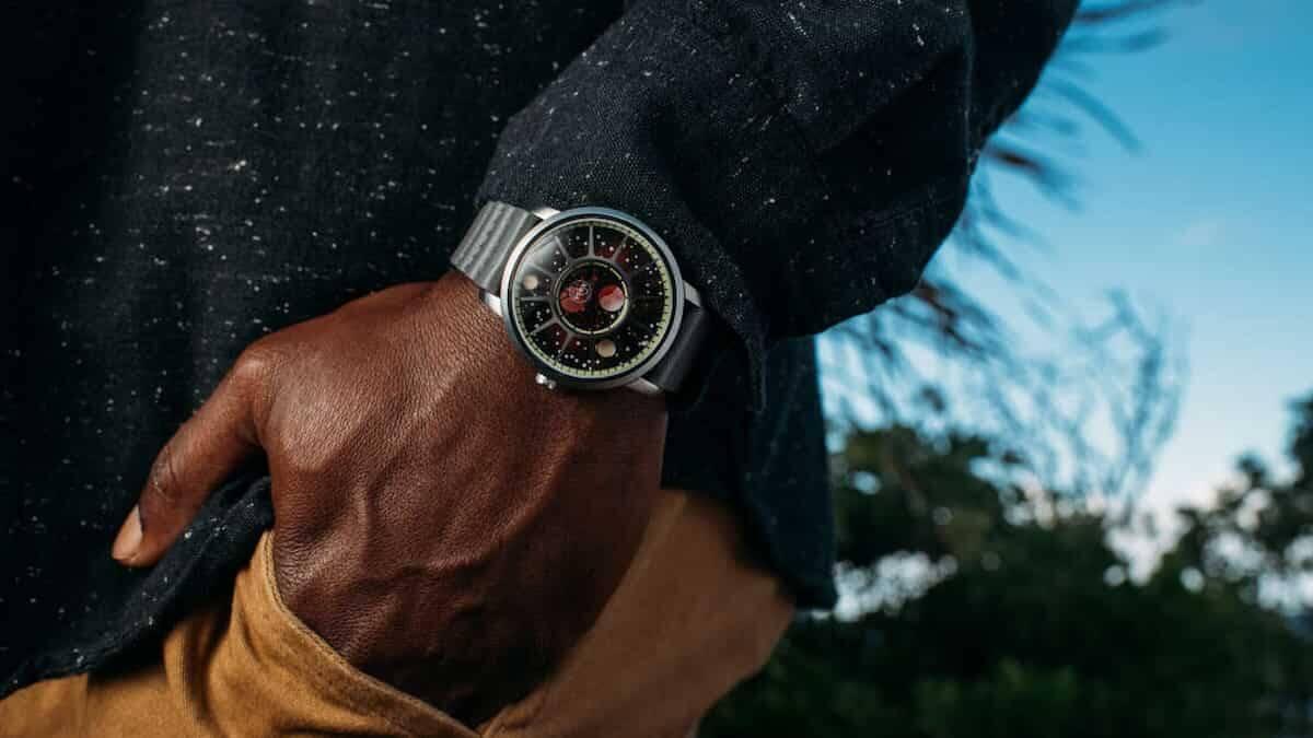 Relógios em homenagem aos 50 anos da primeira viagem lunar, Apollo 15. Fotos: Divulgação/Xeric