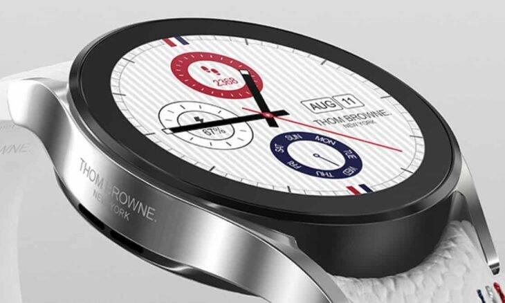 Chapeamento de ródio, pulseiras personalizadas e cinco novos mostradores de relógio são as maiores diferenças em relação à versão regular. Crédito: Samsung